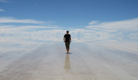 Matt Harding at Uyuni
